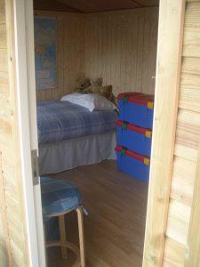 12ft x 8ft Traditional Garden Office 4JPG-min