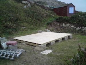 14ft x 11ft Customised Beach Hut 2JPG-min
