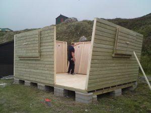 14ft x 11ft Customised Beach Hut 3JPG-min